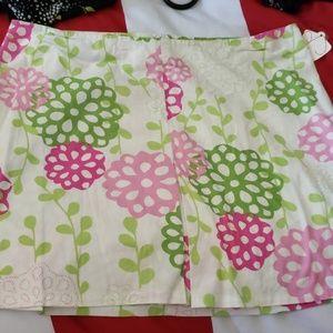 Cute floral short skirt